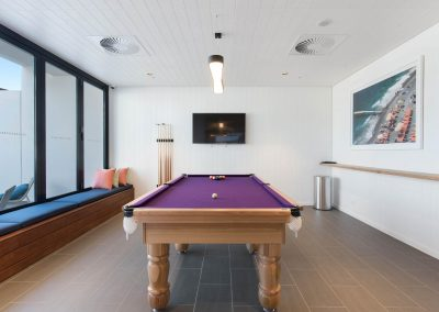 IE - pool table